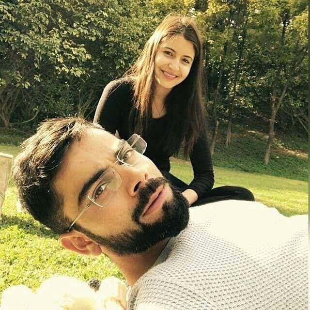 Anushka Sharma and Virat Kohli Selfie 2