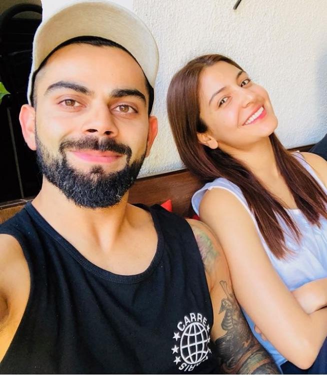 Anushka Sharma and Virat Kohli Selfie 4