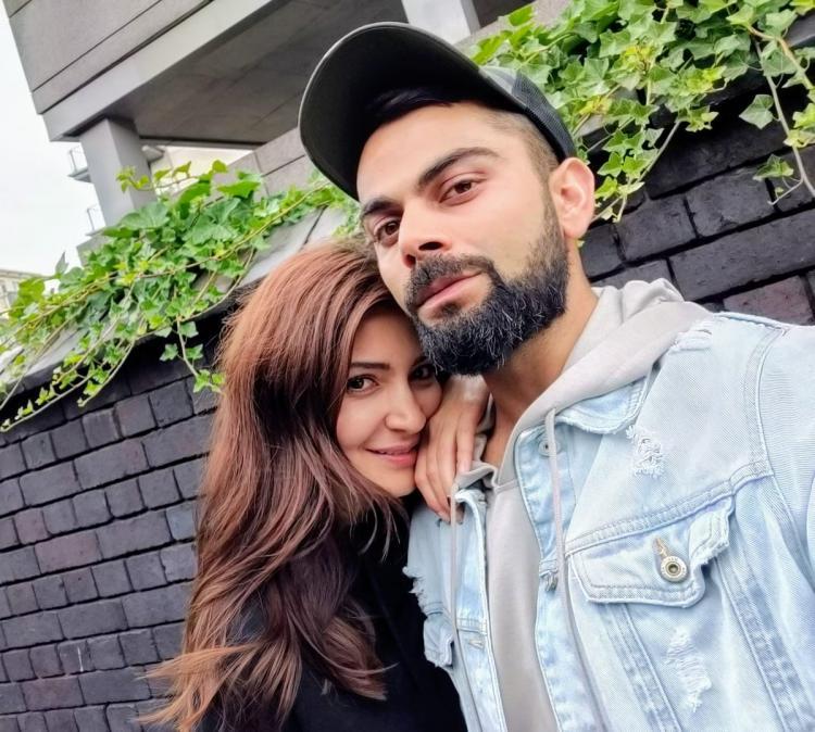 Anushka Sharma and Virat Kohli Selfie