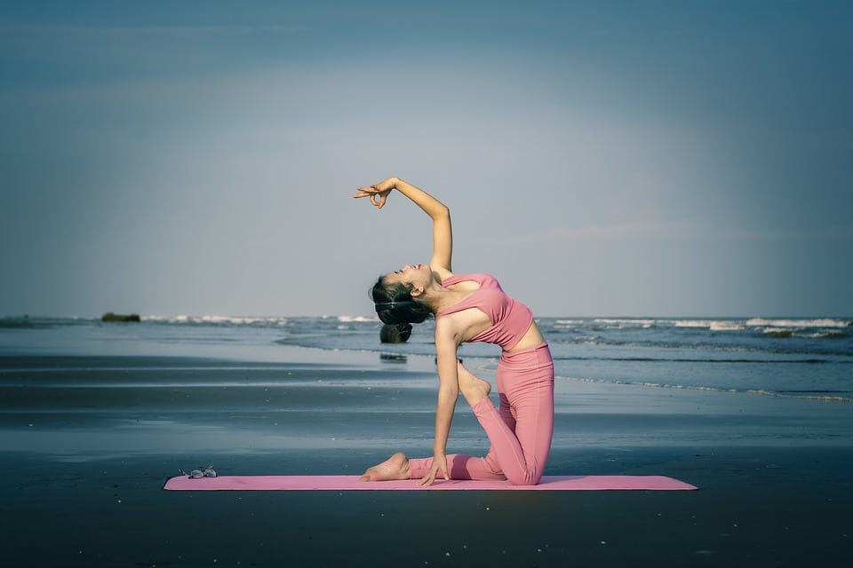 Easiest Yoga Aasanas That You Could Perform Without Difficulties