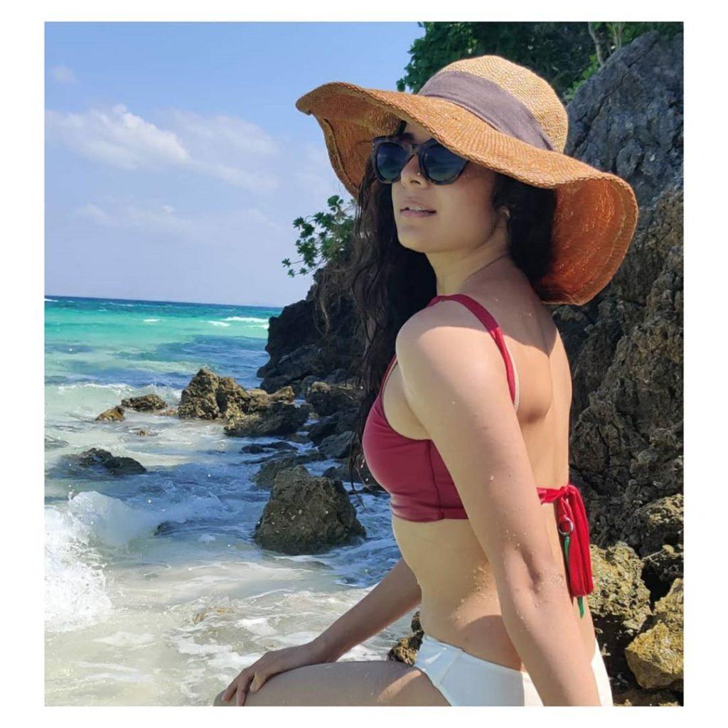 Prajakta Koli Or Mithila Palkar; Who Looks hot In Bikini 1