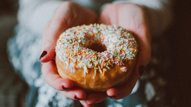 National Donut Day 2021: Free donuts, discounts from Dunkin', Krispy Kreme, and… DiGiorno?